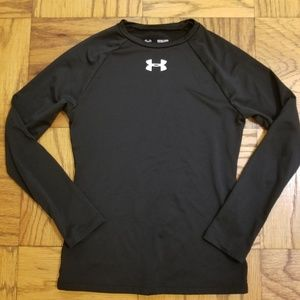 Boy's Under Armour Black Long Sleeve Cold Gear Top